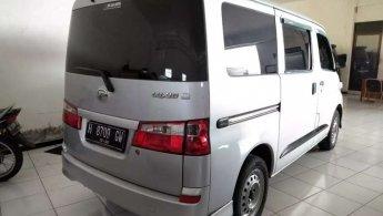 Daihatsu Luxio D 2012