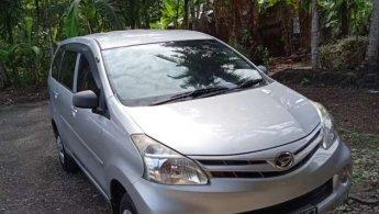 Jual mobil Daihatsu Xenia M 2014 murah di Jawa Tengah