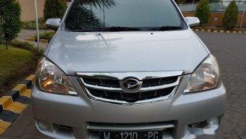 Jual mobil Daihatsu Xenia Xi 2010 murah di  Jawa Timur