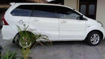 Jual mobil Daihatsu Xenia R Deluxe 2013 bekas di Jawa Tengah
