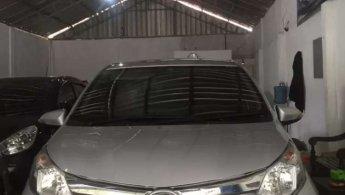 Jual Mobil Daihatsu Sigra R 2012