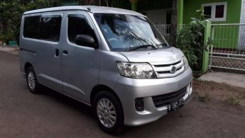 Daihatsu Luxio M Elite 2012
