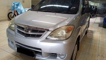 Mobil Daihatsu Xenia Li DELUXE 2010 dijual, Jawa Timur