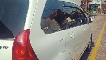 Daihatsu Xenia R DLX 2013