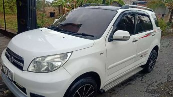 Jual mobil Daihatsu Terios TX 2012 terawat di Jawa Timur