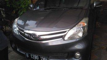 Jual Mobil Daihatsu Xenia R 2012