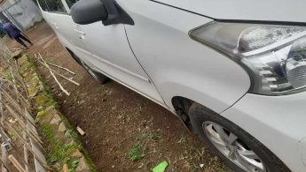 Jual Mobil Daihatsu Xenia X STD 2013
