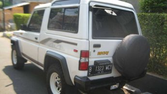 Jual Mobil Daihatsu Rocky F75 4x4 2.8 Manual 1993