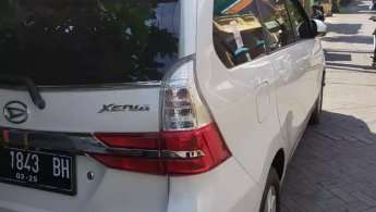 Jual Mobil Daihatsu Xenia R DLX 2019