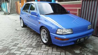Jual Mobil Daihatsu Charade 1992