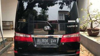 Jual Mobil Daihatsu Luxio X 2010