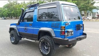Jual Mobil Daihatsu Rocky 1999