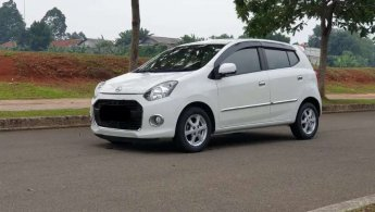 Daihatsu Ayla 1.0 X A/T 2015 Putih