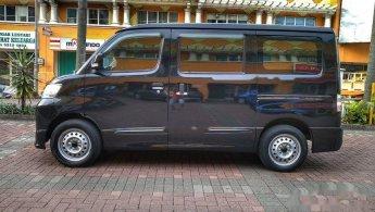 2017 Daihatsu Luxio D MPV