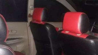 dijual mobil new xenia 2013