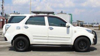 [OLX Autos] Daihatsu Terios 1.5 X Bensin A/T 2017 Putih