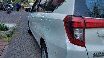 Jual cash Daihatsu Sigra R 1.2 MT 2017 Putih Mulus Siap Pakai