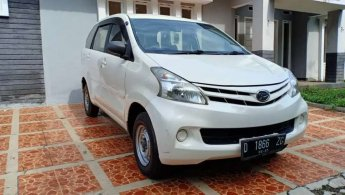 Cash/Kredit! Daihatsu Xenia 1.0 M Manual 2015/2016 Tinggal Pakai
