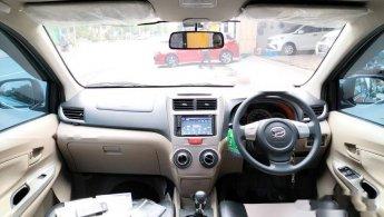 2015 Daihatsu Xenia R STD MPV