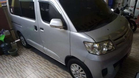 Jual Daihatsu Luxio M 2012 bekas di Jakarta D.K.I.