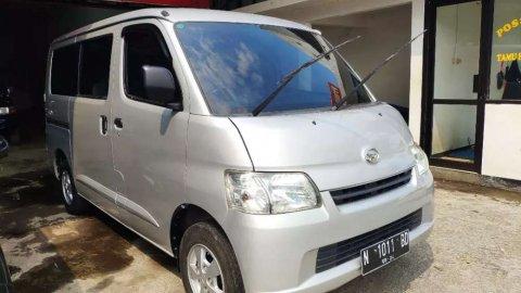 Jual mobil Daihatsu Gran Max D 2014 dengan harga murah di Jawa Timur