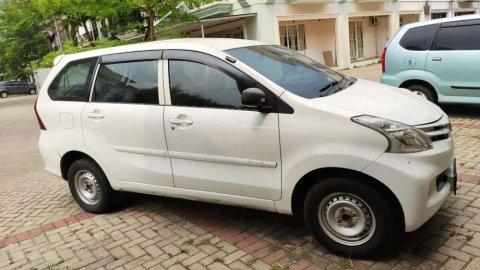 Jual mobil Daihatsu Xenia 1.3 X 2015 bekas di Banten
