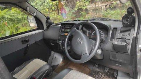 2009 Daihatsu Granmax 1.3D hadap depan